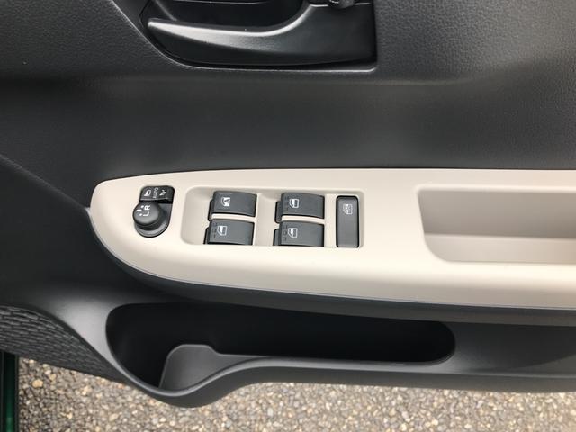 シルク SAII リースアップ車 新品メモリーナビ付(6枚目)