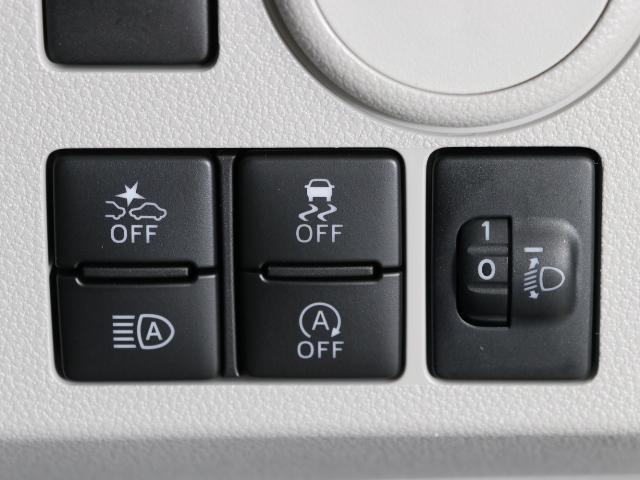 X リミテッドSA3 リースアップ車 新品メモリーナビ付(6枚目)