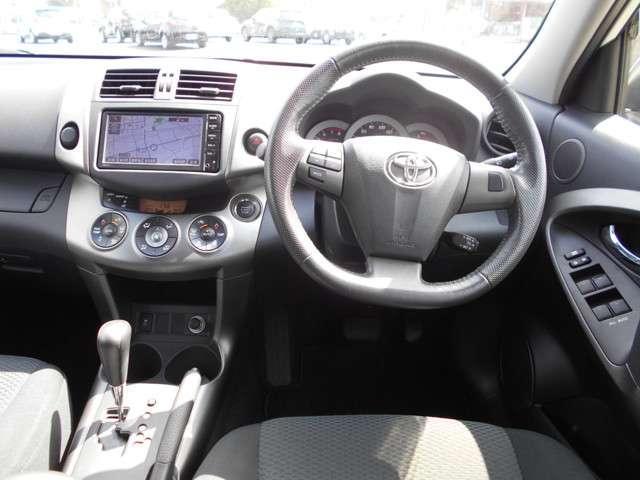 「トヨタ」「RAV4」「SUV・クロカン」「千葉県」の中古車3