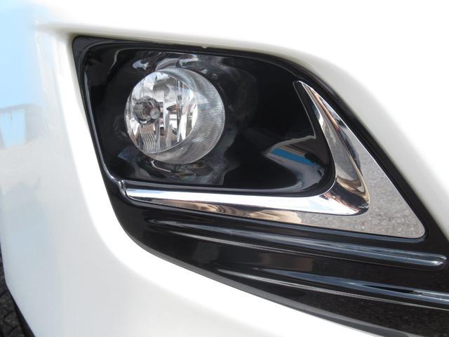 TX Lパッケージ 7人乗り ディーゼル モデリスタエアロ サンルーフ 黒革シート パワーシート 純正SDナビ フルセグTV バックカメラ Bluetooth DVD再生可 LEDヘッドライト ルーフレール(11枚目)