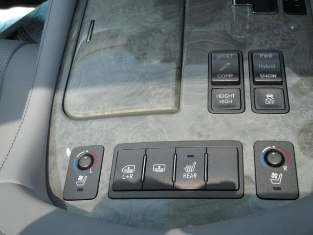 レクサス LS LS600h Iパッケージ ムーンルーフ セミアニリン革