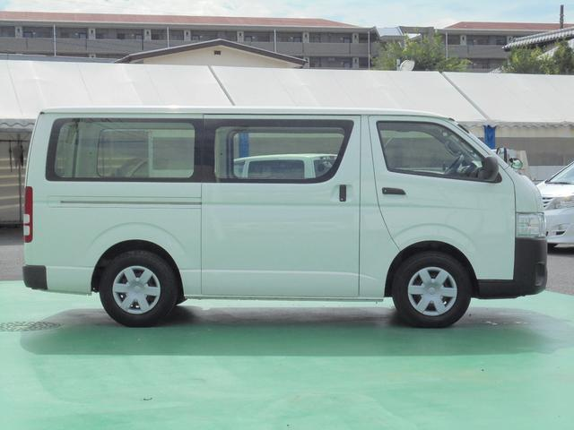 トヨタ ハイエースバン 3.0Dターボ ロングDX 1.25t積 5ドア