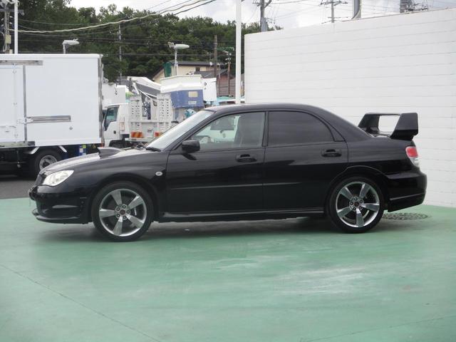 WRX STI Aライン 6速マニュアル ハーフレザーシート(2枚目)