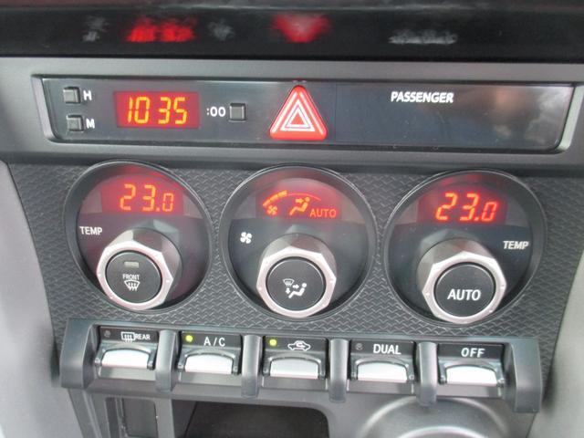 GT 6速マニュアル HIDヘッドランプ(10枚目)