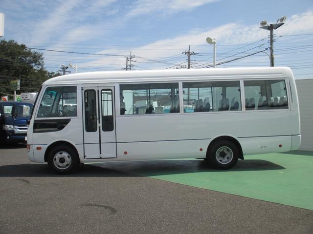 3.0Dターボ 29人乗り 自動ドア(2枚目)