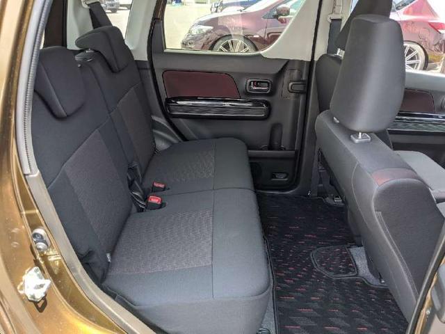 ハイブリッドT 人気のハイブリッド車両 全周囲モニター ヘッドアップディスプレイ 純正地デジナビ Bluetooth スマートキー アイドリングストップ シートヒーター LEDヘッドライト 純正エアロ オートライト(12枚目)