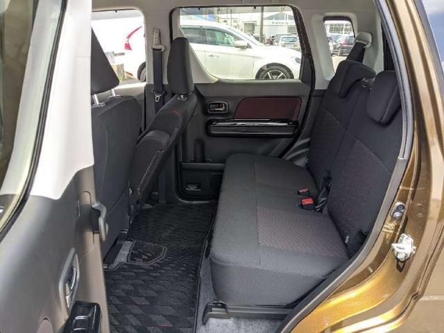 ハイブリッドT 人気のハイブリッド車両 全周囲モニター ヘッドアップディスプレイ 純正地デジナビ Bluetooth スマートキー アイドリングストップ シートヒーター LEDヘッドライト 純正エアロ オートライト(16枚目)