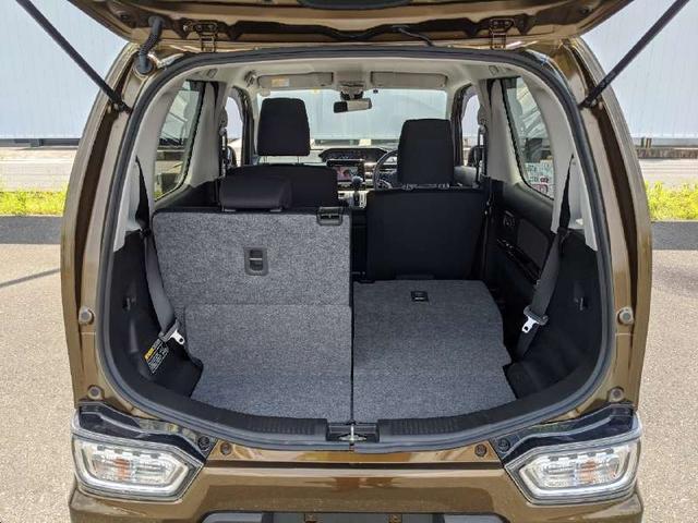 ハイブリッドT 人気のハイブリッド車両 全周囲モニター ヘッドアップディスプレイ 純正地デジナビ Bluetooth スマートキー アイドリングストップ シートヒーター LEDヘッドライト 純正エアロ オートライト(18枚目)