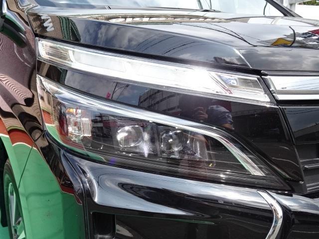 ZS 煌 1オーナ 9インチナビ フリップダウンモニター 両側電動 LEDライト セーフティセンス LEDフォグ クルーズコントロール(18枚目)