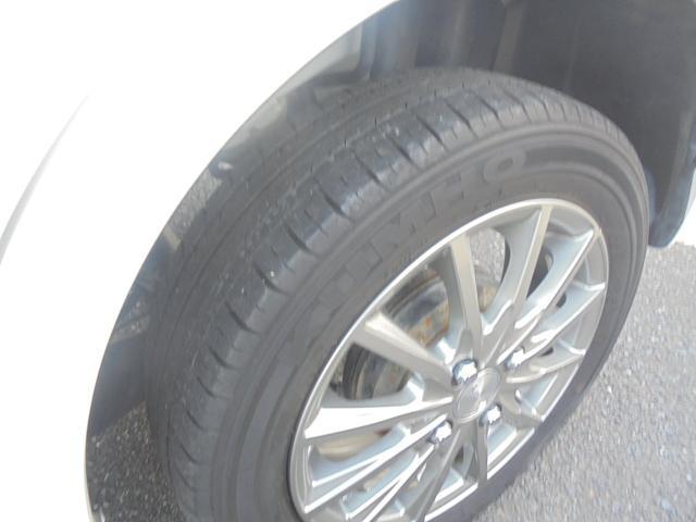 車検が32年8月まで残っていますので,スピード納車が可能です。