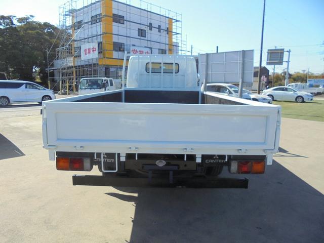 車両全長は、長さ618cm、幅218cm、高さ232cmになります。