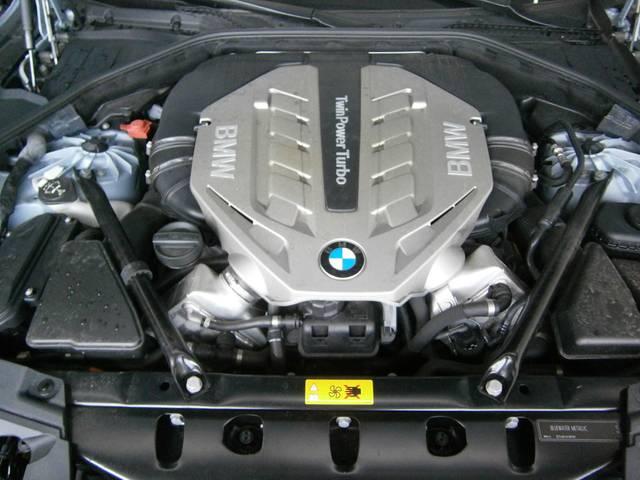 BMW BMW アクティブハイブリッド7L エンターテイメントシステム