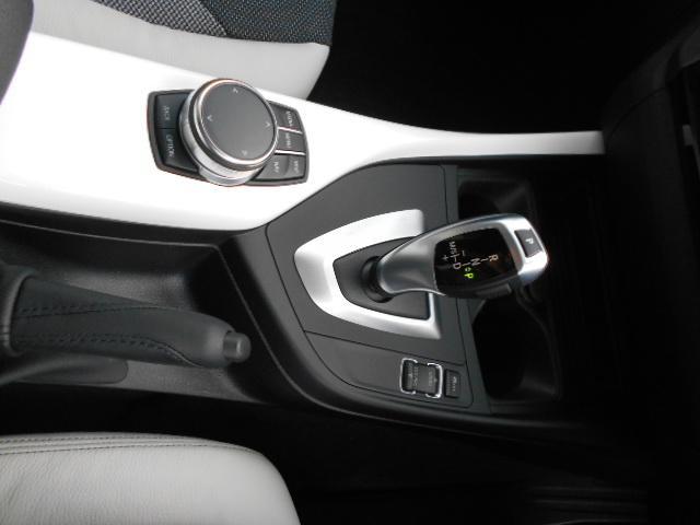 BMW BMW 118d スタイル 純正HDDナビバックカメラ LEDライト
