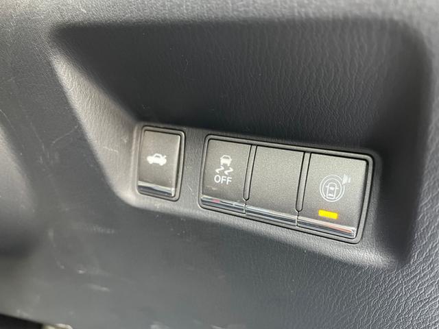 横滑り防止や、対物センサーなどの安全装備もばっちり