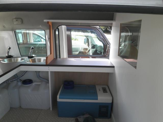 フレンチバス仕様 キッチンカー 移動販売車(8枚目)