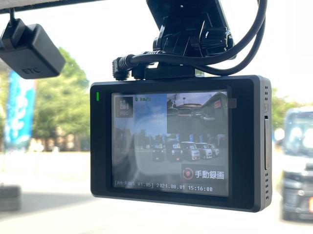 KEIYO製ドライブレコーダーも取り付けました。前後カメラで駐車監視、衝撃感知搭載モデルです。
