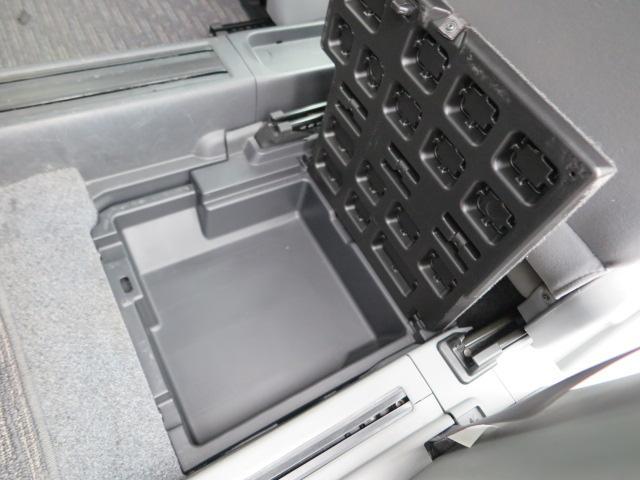 Xリミテッド ワンセグ社外メモリーナビTV 左側自動ドア(12枚目)
