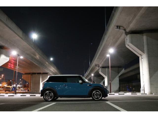 「MINI」「MINI」「コンパクトカー」「愛媛県」の中古車28
