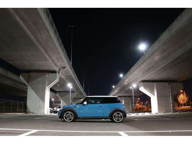 「MINI」「MINI」「コンパクトカー」「愛媛県」の中古車33
