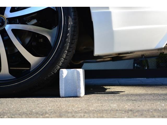 トヨタ ハリアー エレガンス ZEUS 新車コンプリート 車高調 22インチ