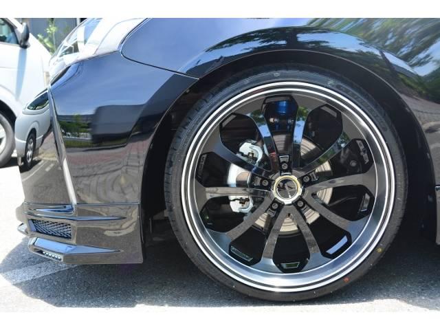 トヨタ プリウスアルファ S ZEUS 新車コンプリート 車高調 20インチAW