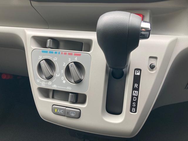 X リミテッドSAIII リースアップ CDデッキ キーレス 電動格納ドアミラー バックカメラ リヤワイパー(3枚目)