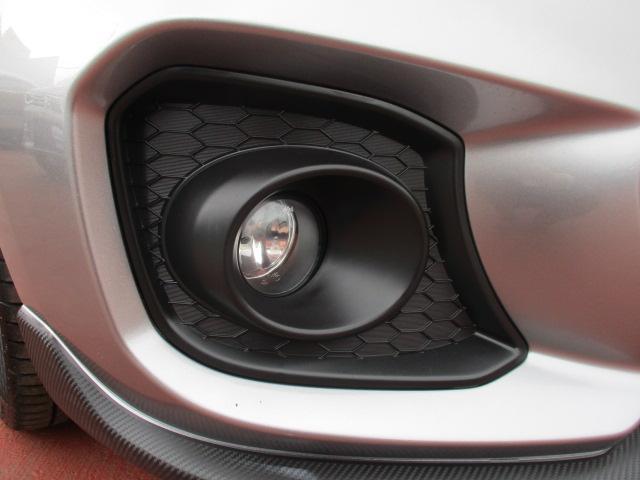 スポーツ 衝突被害軽減ブレーキ LEDヘッドランプ(9枚目)
