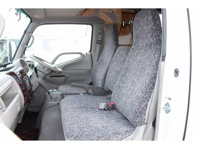 キャンピングカー ナッツRV ミラージュ 1500Wインバーター シンク コンロ 架装部TV 走行中リアヒータークーラー 走行充電 ツインサブ ルーフベント 走行充電 外部充電 7名乗車6名就寝(57枚目)