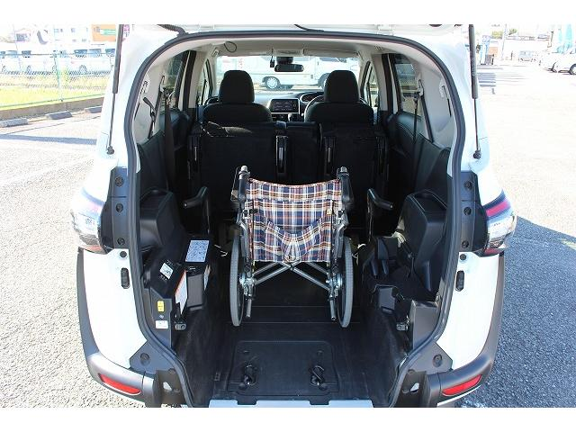 1.5G ウェルキャブ 車いす仕様車I2ndシート付き ナビ(4枚目)