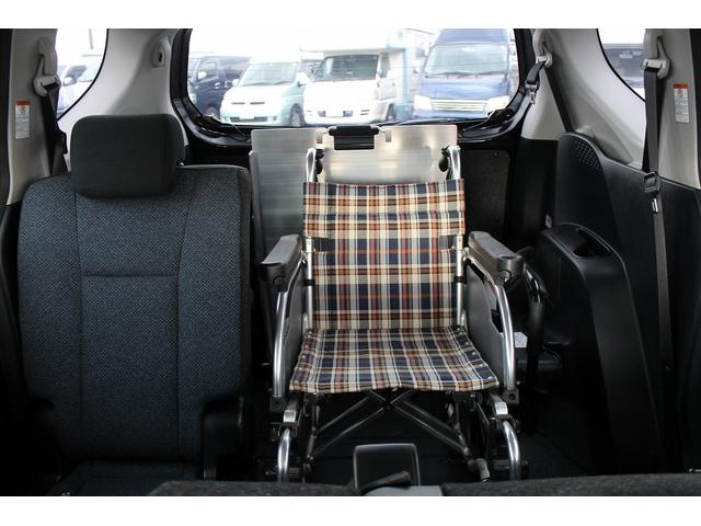 X ウェルキャブ 車いす仕様車タイプIセカンドシート付き(5枚目)