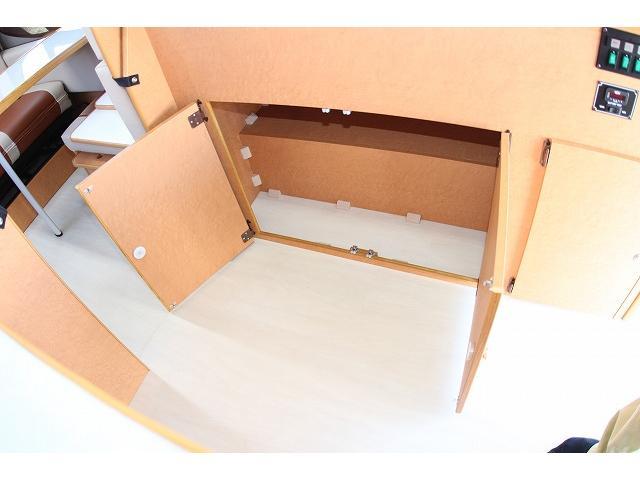 キャンピング OMC フレンズ FFヒーター マックスファン シンク ベバストFFヒーター リアクーラー リアヒーター シングルサブ 走行充電 コンバーター(73枚目)