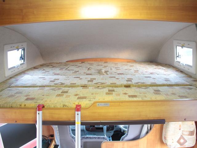広々としたバンクベッド!就寝人数2名!185cm×180cm!