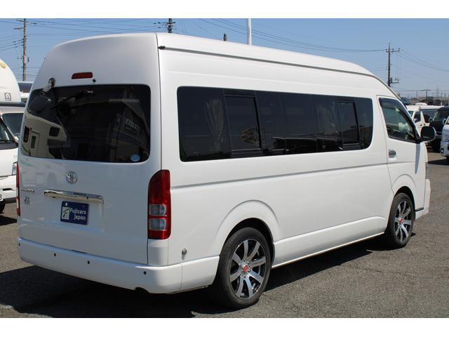 車両サイズは、長さ539cm 幅188cm 高さ225cm!