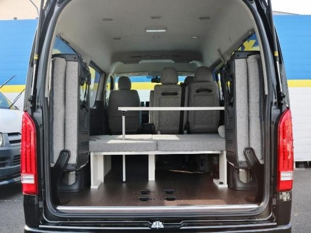 トヨタ ハイエースワゴン 2.7 GL ロング ミドルルーフ 4WD ROOMCAR