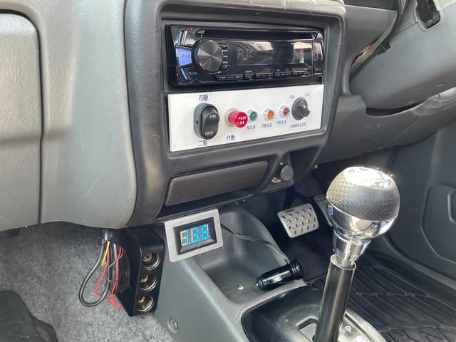 XC 4WD インタークーラーターボ リフトアップ 社外マフラー 社外シート ロールバー オーバーフェンダー 社外アルミ 社外ハンドル ETC 構造変更届出 普通車登録 追加メーター(70枚目)