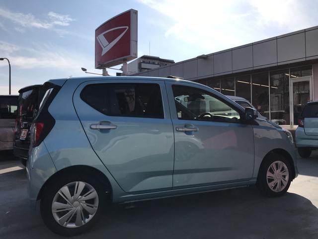 当店で点検整備してお引き渡しいたしますので新車保証も引き継ぎます。安心の全国保証です