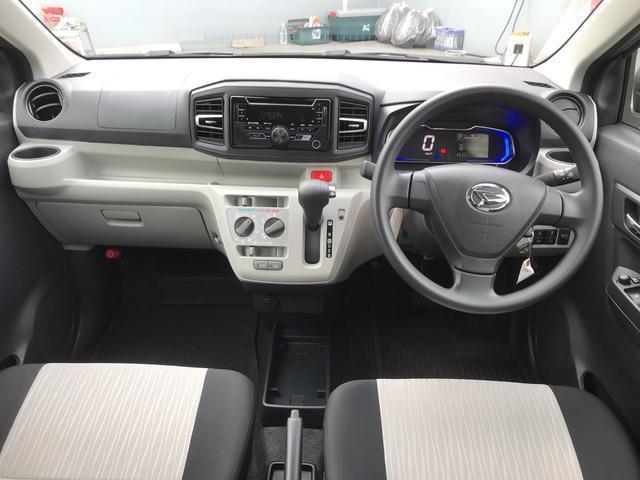 当店代車でしたスマートアシスト3と44隅コーナーセンサーで安全安心の運転をサポートします。