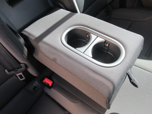TSIコンフォートラインブルーモーションテクノロジー アダプティプクルーズコントロール ポータブルナビ バックカメラ ミュージックプレーヤー接続可 ワンオーナー 記録簿 運転席&助手席&サイドエアバック 横滑り防止装置 ABS アイドリングストップ(41枚目)