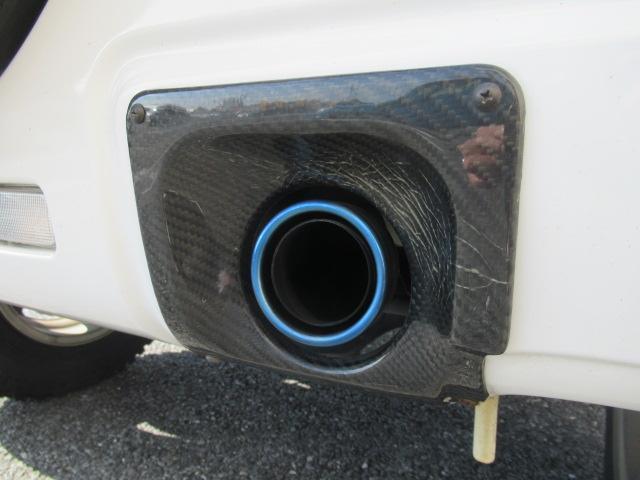 XC 4WD 5速MT 背面タイヤ 純正アルミ 純正CDデッキ キーレス 運転席&助手席エアバック ABS 衝突安全ボディー エアコン パワーウィンドー(14枚目)