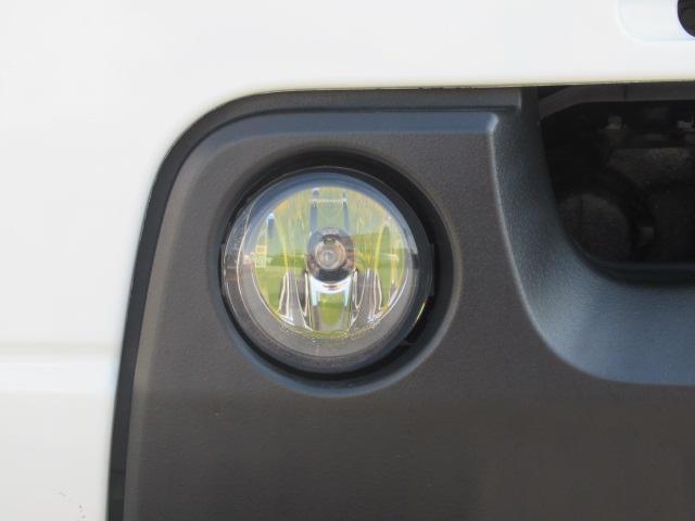 XC 4WD 5速MT 背面タイヤ 純正アルミ 純正CDデッキ キーレス 運転席&助手席エアバック ABS 衝突安全ボディー エアコン パワーウィンドー(18枚目)