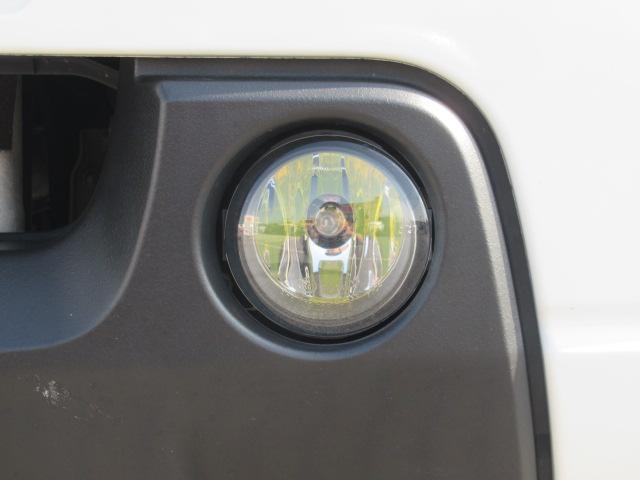 XC 4WD 5速MT 背面タイヤ 純正アルミ 純正CDデッキ キーレス 運転席&助手席エアバック ABS 衝突安全ボディー エアコン パワーウィンドー(19枚目)