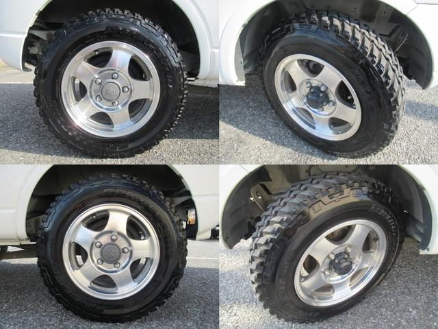 XC 4WD 5速MT 背面タイヤ 純正アルミ 純正CDデッキ キーレス 運転席&助手席エアバック ABS 衝突安全ボディー エアコン パワーウィンドー(21枚目)