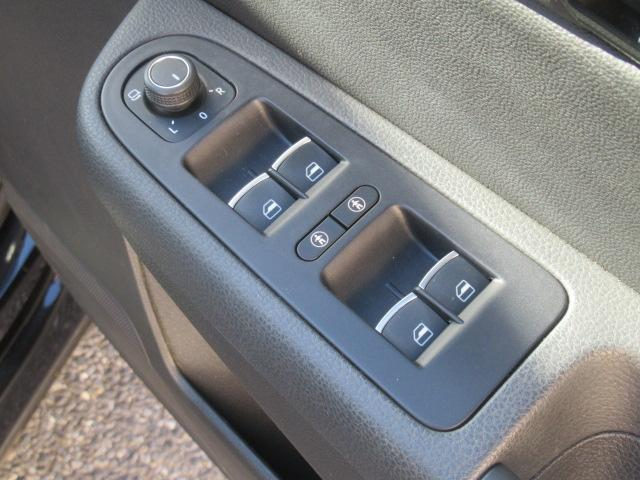 TSI ハイライン 両側電動スライドドア 電動リアゲート ハーフレザー SDナビ バックカメラ Bluetooth接続 ミュージックプレイヤー接続可 USB入力端子 ミュージックサーバー パワーシート シートヒーター(49枚目)