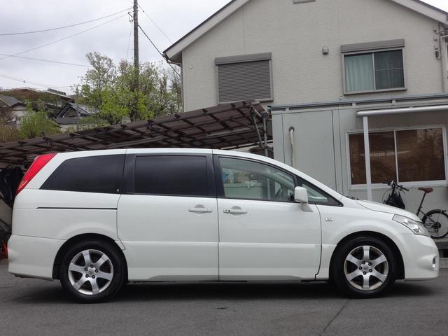 最寄駅からの送迎も可能!グループ在庫100台からご希望のお車を選べる!日本全国へ愛車をお届け!ご来店前に事前にご連絡頂けますと、スムーズにご案内できます。親切・安心・丁寧をモットーにご案内!
