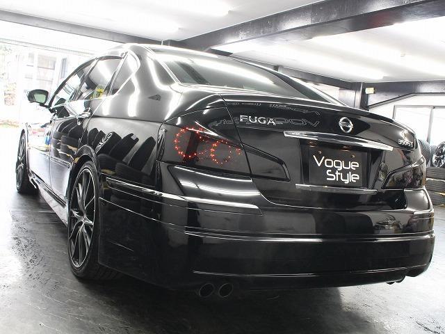 日産 フーガ 350GT黒革HDD新品エアロ車高調付6連イカリングライト
