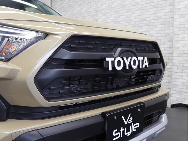 アドベンチャー 4WD 黒皮パワーシート 新品アルミホイール リフトアップ 新品ディスプレイオーディオ Apple/AndroidCarPlay対応 シートH/シートAC ワンオーナー(10枚目)