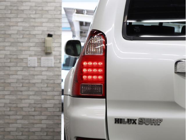 SSR-Xリミテッド サンルーフ フルセグ地デジ HDDナビ 2インチリフトアップ 新品17インチアルミホイール 4連イカリングヘッドライト(16枚目)