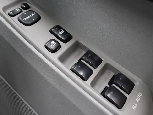 SSR-Xリミテッド サンルーフ フルセグ地デジ HDDナビ 2インチリフトアップ 新品17インチアルミホイール 4連イカリングヘッドライト(30枚目)