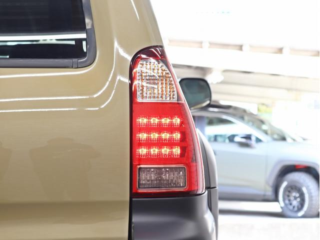 SSR-X 17インチ新品アルミホイール 2インチリフトアップ 4連イカリングヘッドライト 4WD 純正HDDナビ&地デジTV(17枚目)