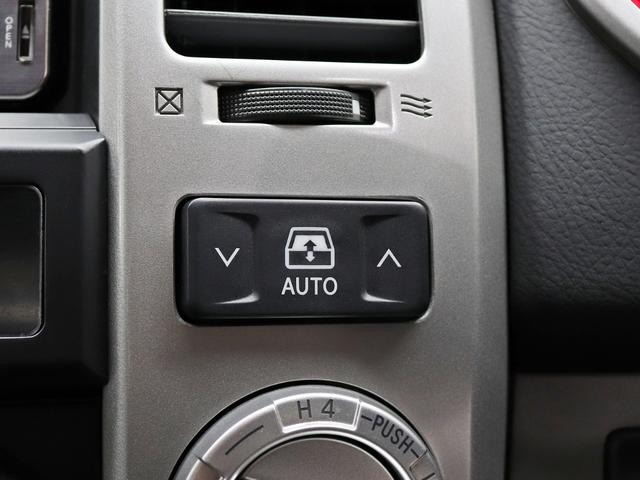 SSR-X 17インチ新品アルミホイール 2インチリフトアップ 4連イカリングヘッドライト 4WD 純正HDDナビ&地デジTV(30枚目)